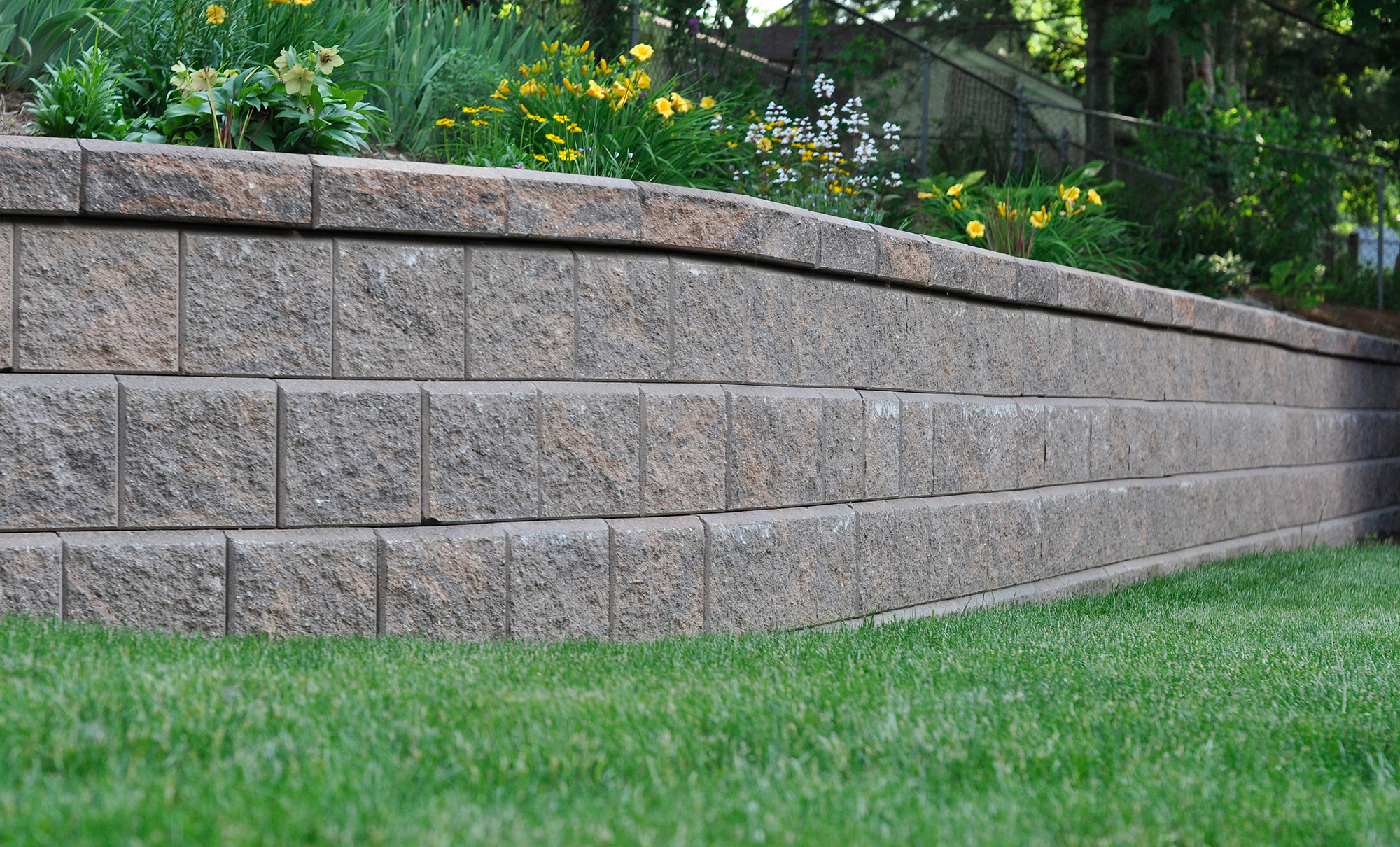 how to build a retaining wall for plantsw