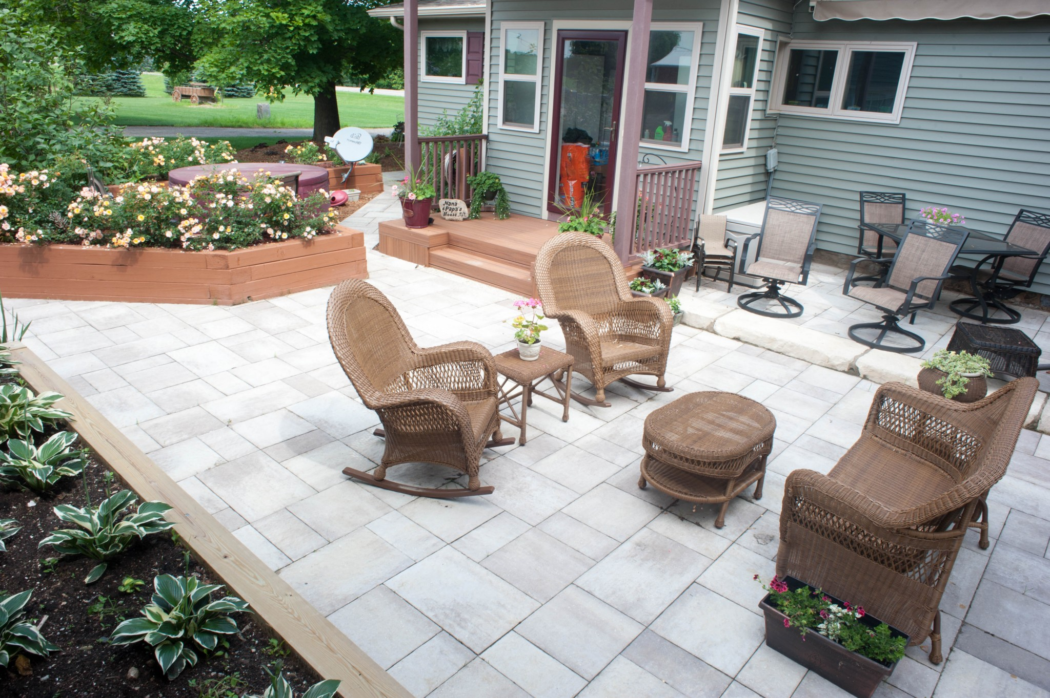 paver patio and walkway for outdoor living area